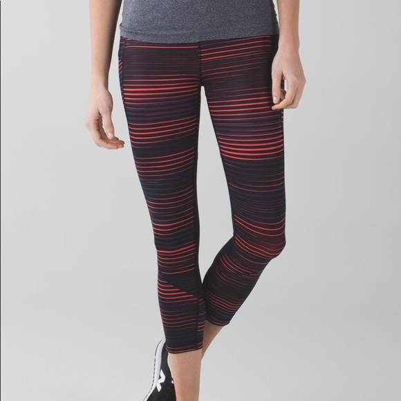 lululemon athletica Pants - Lululemon Pace Rival Crop *Full-On luxtreme